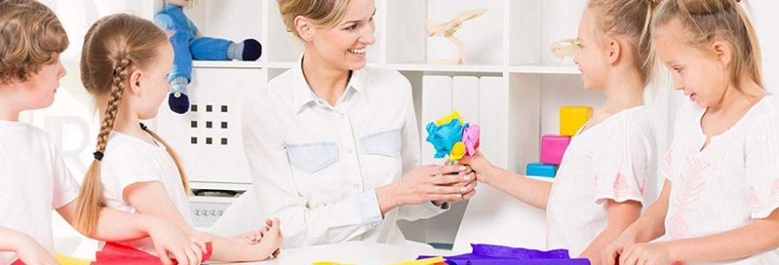 Créations en papier de soie avec son enfant